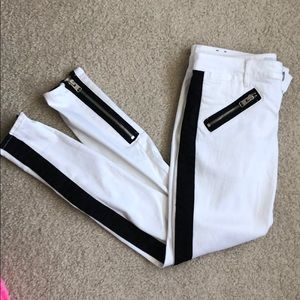 Black and white express skinny jeans NWOT